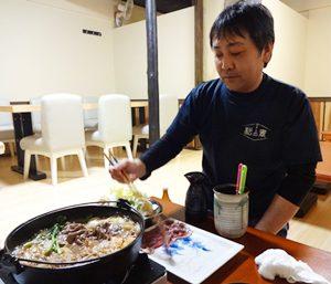 鍋の王道を歩きたいと、「食善く処 松の素」の松本隆店長