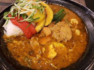 野菜と鶏肉のスープカレー激辛