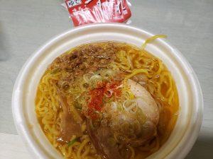 すみれ監修、札幌濃厚味噌ラーメン by セブンイレブン