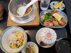 寿司万で釜飯ランチ、ミックス